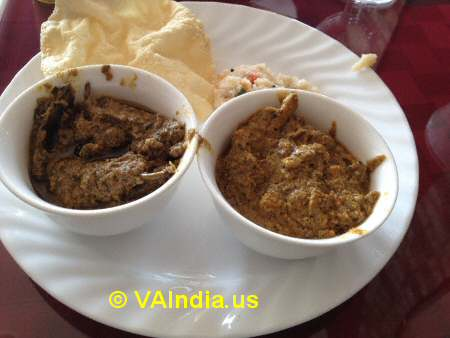 Charminar Ashburn Gutti Vankaya, Chicken Kurma © VAIndia.us