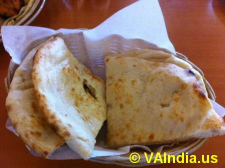 Rasoi of India Naan Bread © VAIndia.us